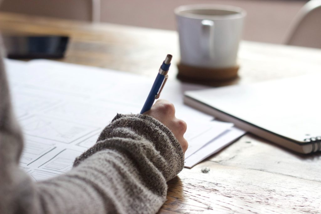 Essential Online Writing Tools for Students2